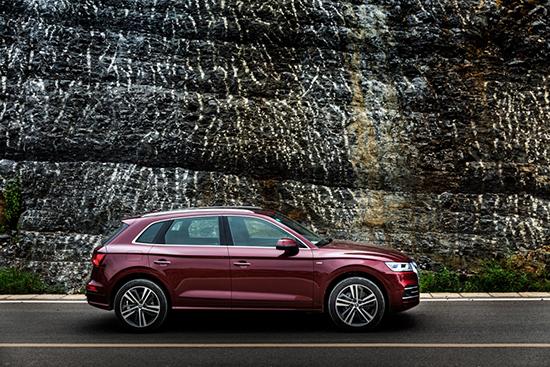 6. 全新奥迪Q5L首开国产SUV的加长先河,轴距和车长均为同级之最